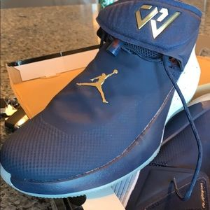 Other - Men's Jordan's size 10 only worn once